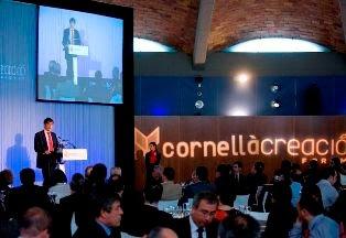 Carlos Buesa visita el Cornellà Creació Fòrum