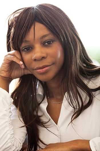 Dambisa Moyo -Economista Internacional- Face to face